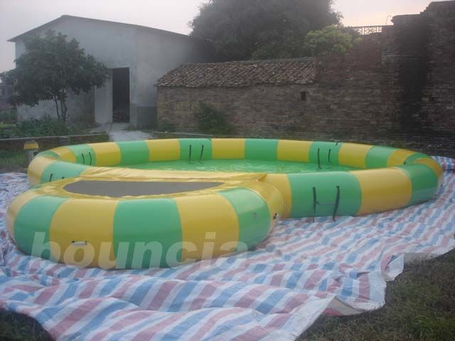 Round Inflatable Water Pool With Platform Foe Water Roller