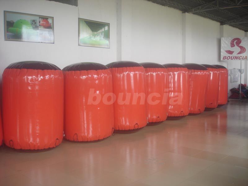 Red Inflatable Cylinder Paintball Bunker Used On The Inflatable Bunkers