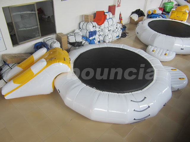 Inflatable Floating Water Trampoline Combo For Water Park Use